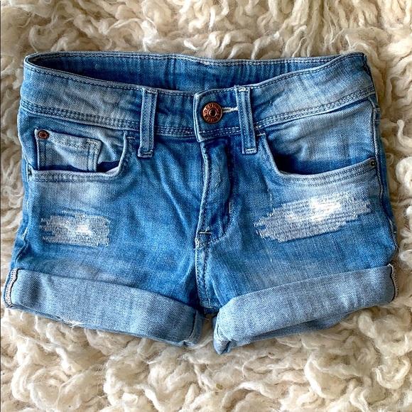 H&M cuffed Jean shorts